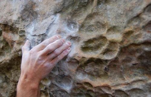 1_boulder_1_hand-149